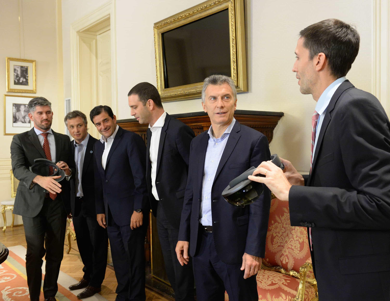 Mauricio Macri, Diego Bekerman y César Cernuda (Microsoft), Lucas García y Rodolfo Pino Jeti (Lagash)